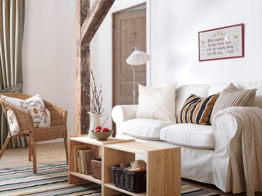 Estilo escandinavo decoraci n con madera y blanco blog for Sofas para salones estrechos
