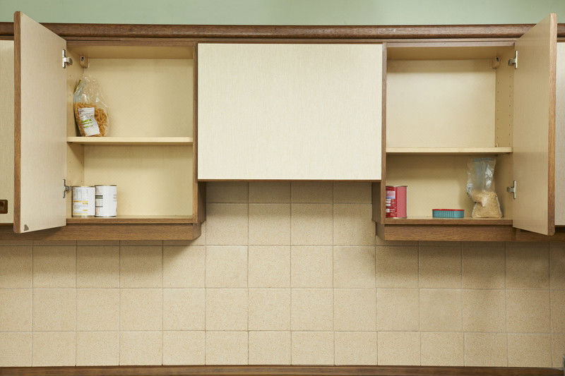 Trucos para quitar la grasa de los armarios de la cocina - Como limpiar muebles de madera de cocina ...