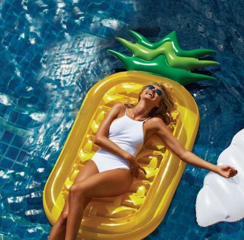 Hinchables para este verano blog de dia for Colchonetas hinchables piscina