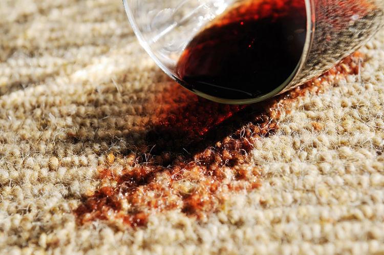 C mo quitar las manchas de vino en 3 pasos blog de dia - Manchas de vino ...