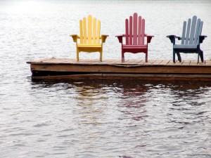 Decora un mismo espacio con sillas diferentes