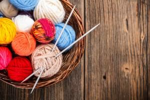 Apúntate a tejer tu propia ropa y accesorios