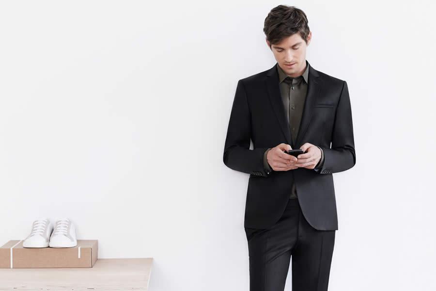 traje negro de zara