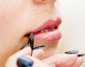 Bálsamo de labios con color, una bonita forma de proteger los labios