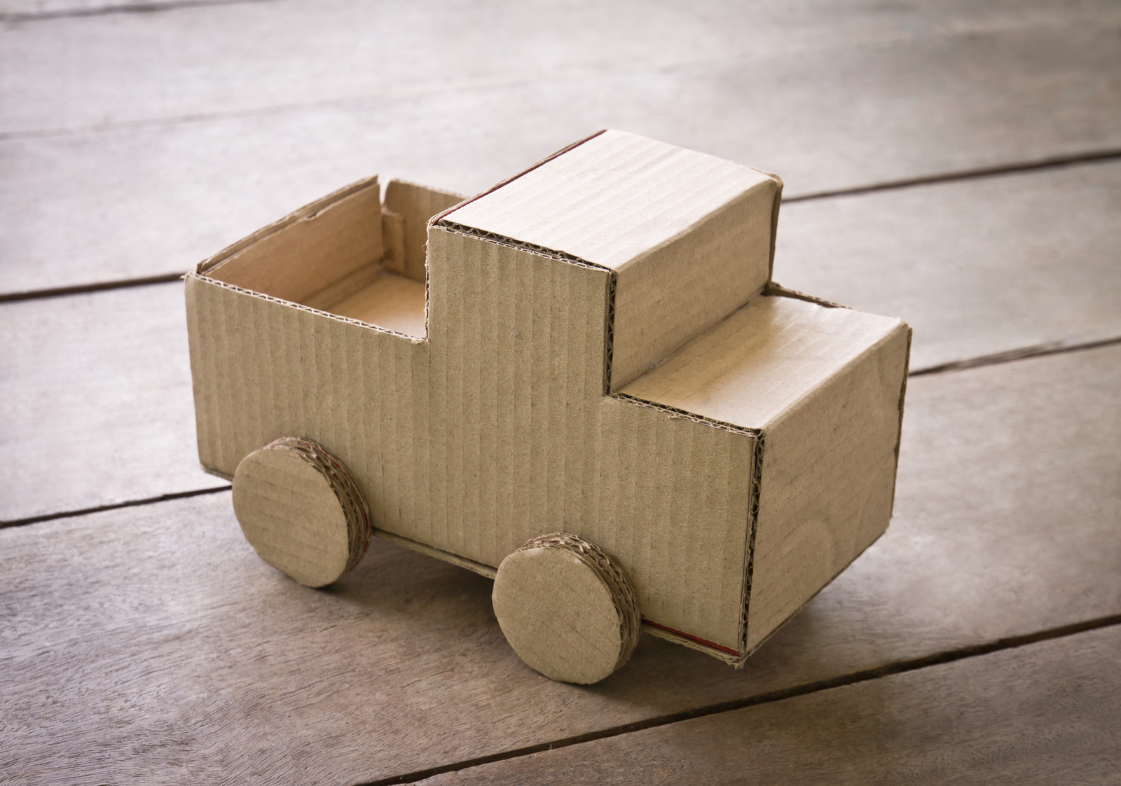 Construye Juguetes Con Cajas De Cart 243 N