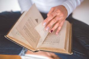 Cómo crear un rincón de lectura para niños
