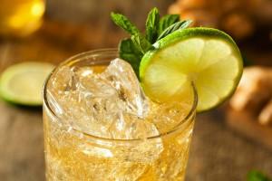 Receta de J&B Rare Ginger Ale Twist