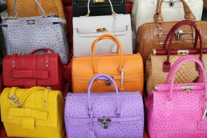 Cómo mantener limpios nuestros bolsos