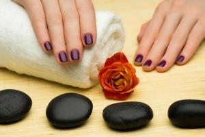 Trucos y colores para tu manicura