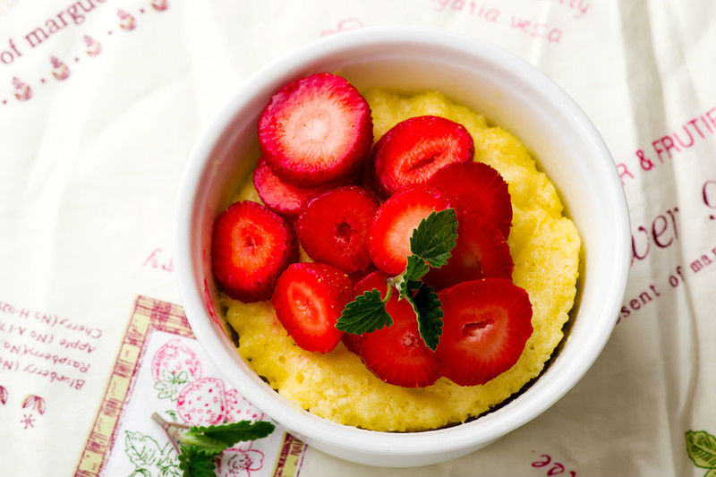 mugcake sin gluten de fresas