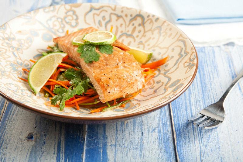 os mejores alimentos para bajar el coresterol con pescado