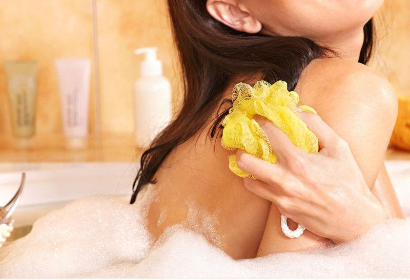 consejos para limpiar esponjas de baño