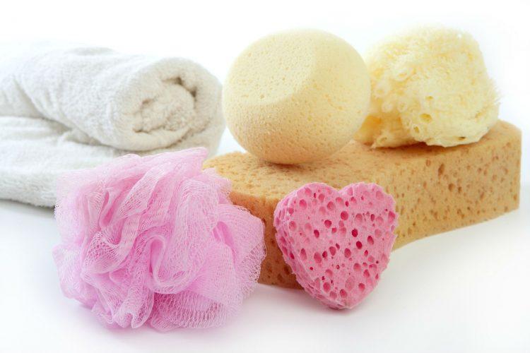 Cómo desinfectar esponjas de baño