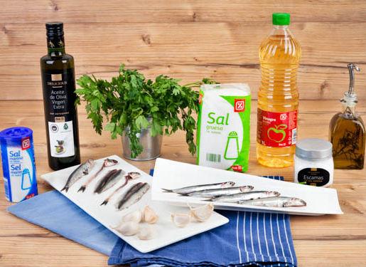 Ingredientes de Boquerones en vinagre con ajo y perejil