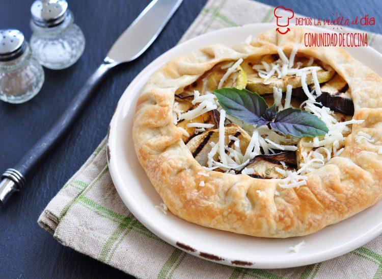 Galette o tarta de verduras asadas y queso
