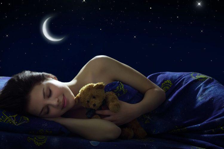 Trucos para dormir mejor en verano