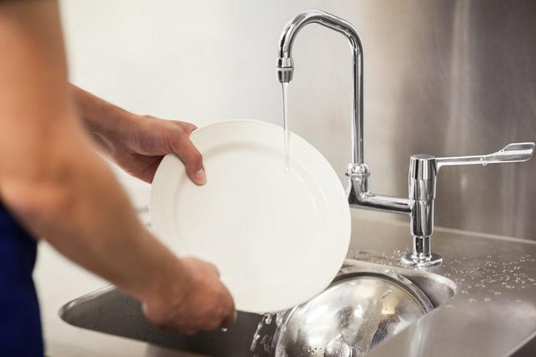 como limpiar tu vajilla