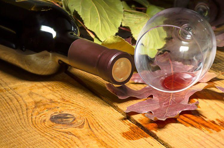 como quitar las manchas de vino