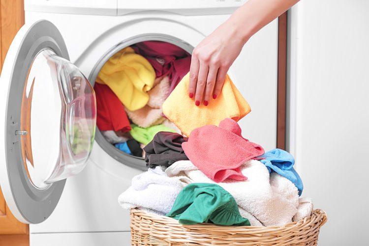 Errores que cometemos al poner la lavadora