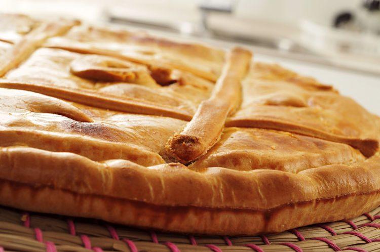 Empanada de bonito, muy fácil de hacer