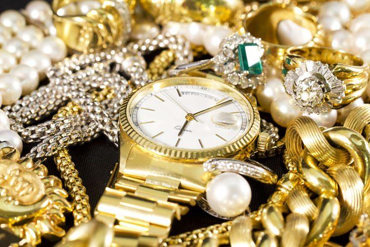 Joyería de oro: trucos para que quede reluciente
