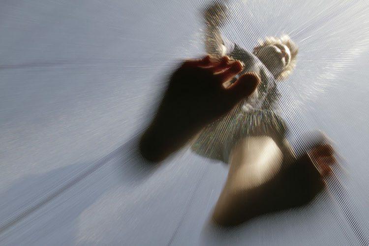 Saltar en una cama elástica, el nuevo deporte de moda
