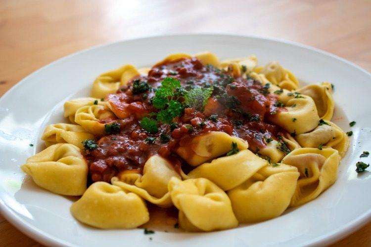 Cómo hacer pasta con soja texturizada: macarrones y espaguetis riquísimos