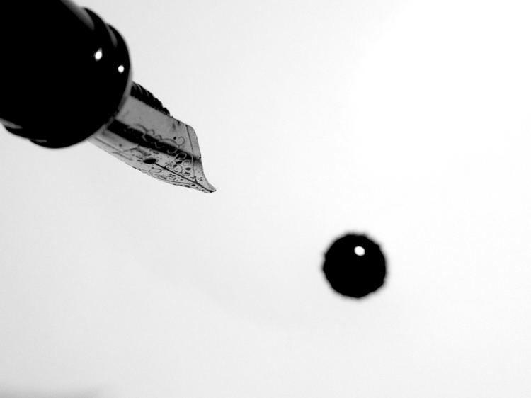 Descubre cómo quitar las manchas de tinta de la ropa