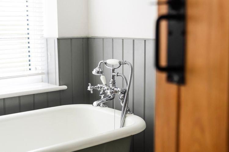 Descubre los truquis para limpiar la bañera correctamente
