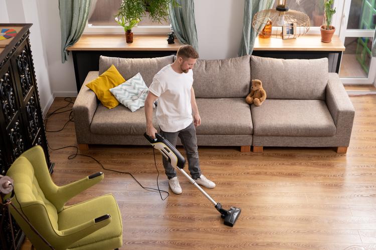 Conoce cómo limpiar la tarima flotante de tu hogar