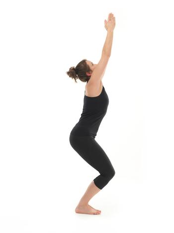 postura silla yoga