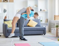 ejercicios de espalda en casa